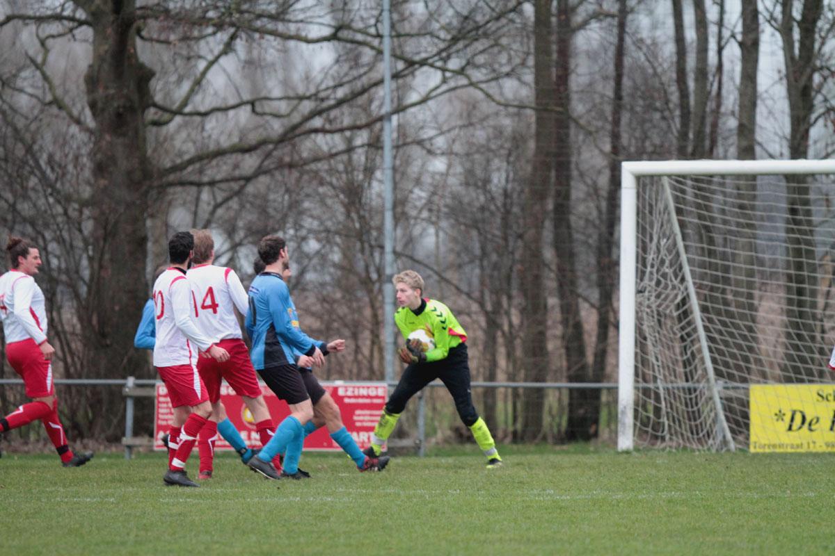 Ezinge 1 won met 5-0 van VVSV '09